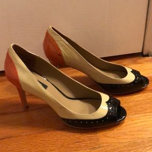 Patent leather open toed heels